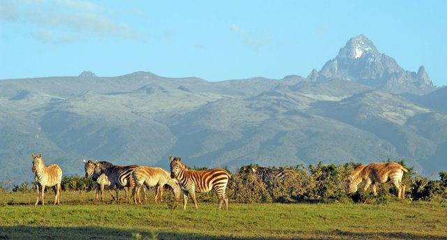 File:Mount-kenya.jpg